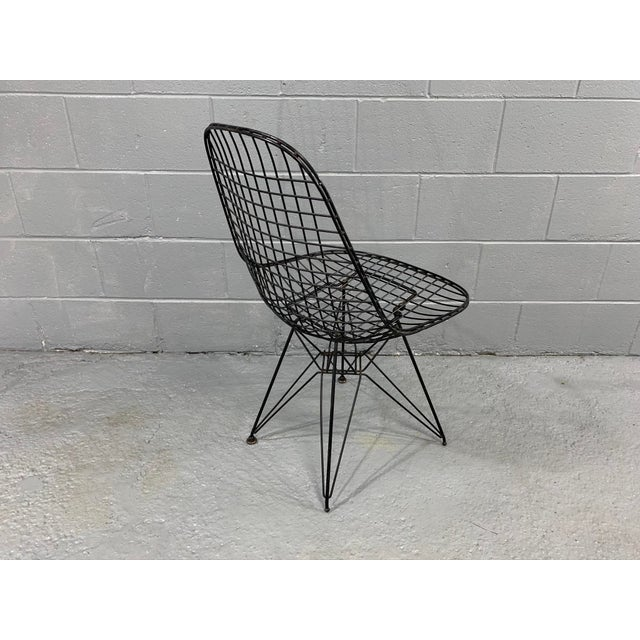Black Charles Eames Wire Eiffel DKR Chair in Black Coated Metal For Sale - Image 8 of 10