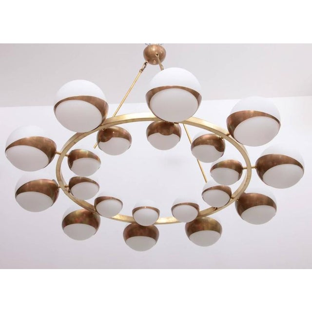 Metal Very Huge and Impressive Murano and Brass Chandelier Attributed to Stilnovo For Sale - Image 7 of 8