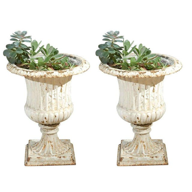 White Pair of Painted 19th Century English Cast Iron Urns With Fluted Bodies For Sale - Image 8 of 8