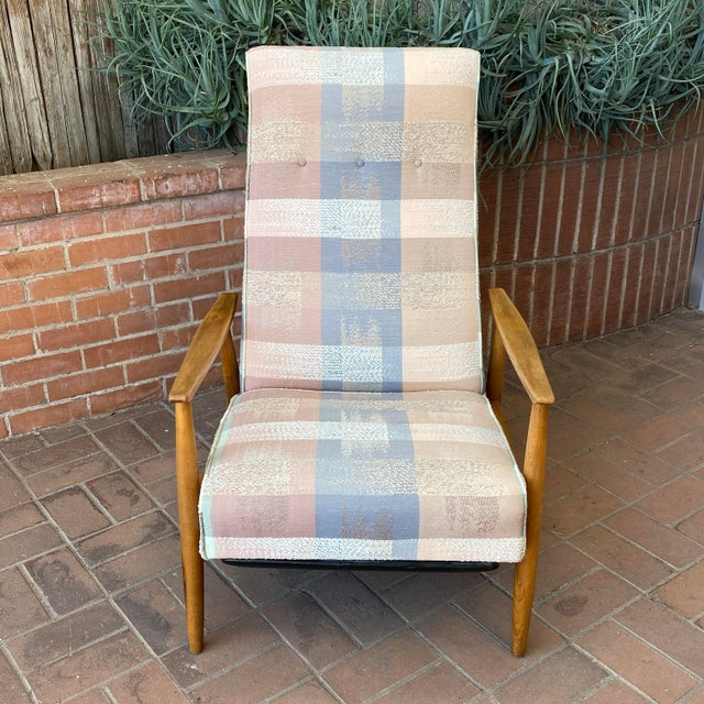 James Inc. Mid-Century Modern Milo Baughman for James Inc Recliner Lounge Chair For Sale - Image 4 of 12