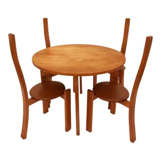 "Vick Magistretti Modernist Table and Chair Set, model ""Golem"""