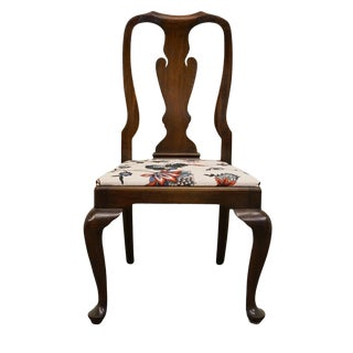 20th Century Queen Anne Henkel Harris Solid Mahogany Dining Chair For Sale