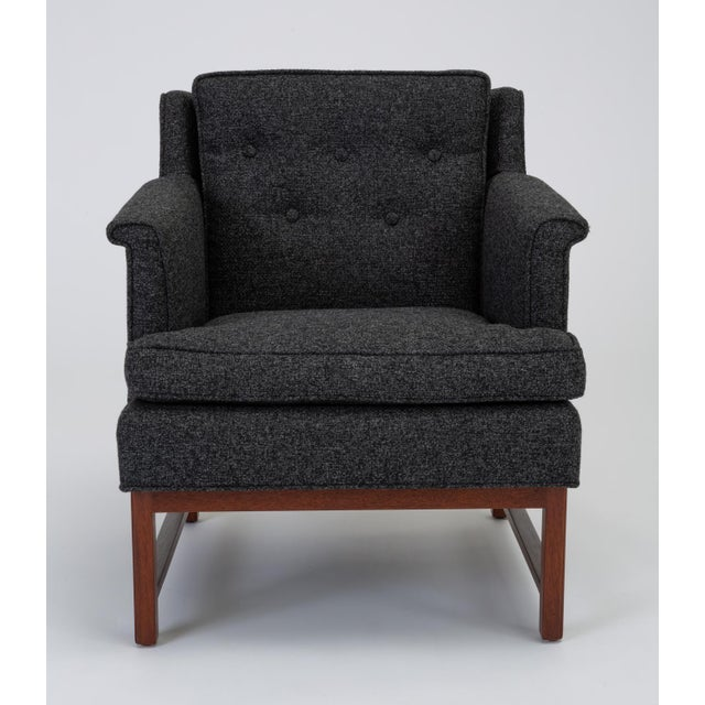 Dunbar Furniture Pair of Petite Lounge Chairs by Edward Wormley for Dunbar For Sale - Image 4 of 13