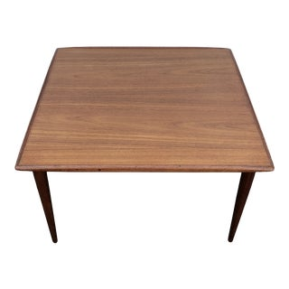 1960s Mid Century Modern End/Coffee Table From Denmark Stamped Kt22 For Sale