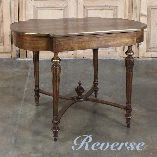 Rosewood 19th Century French Louis XVI Rosewood Inlaid Desk - Writing Table For Sale - Image 7 of 8