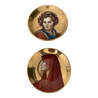 Italian Mid-Century Hand Painted Decorative Plates - a Pair For Sale