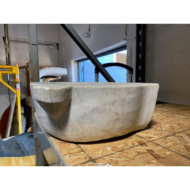 Antique Turkish White Marble Hammam Basin For Sale - Image 4 of 8