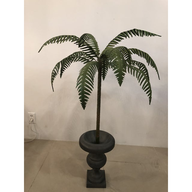 Green Vintage Hollywood Regency Palm Beach Metal Tole Palm Tree Urn Planter For Sale - Image 8 of 11