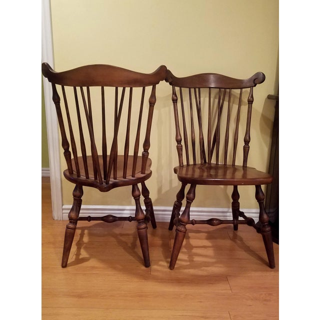 Early American Temple Stuart Maple Dining Chairs - Set of 4 For Sale - Image 3 of 10