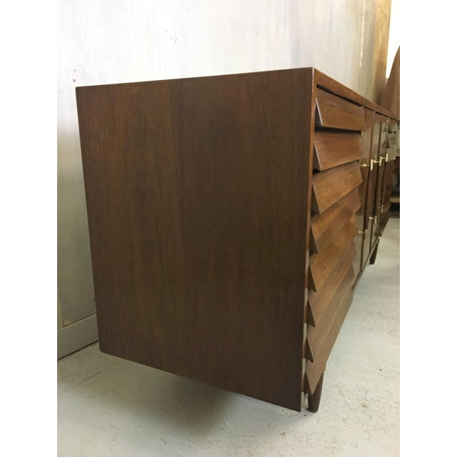 1970s Dania Lowboy Dresser for American of Martinsville by Merton Gershun For Sale - Image 5 of 7
