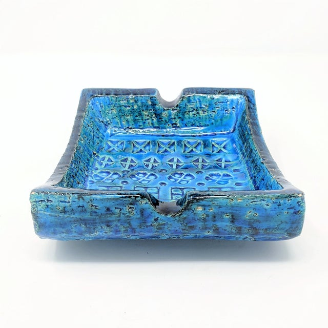 1960s Mid-Century Rimini Blue Aldo Londi Bitossi Ceramic Ashtray for Raymor For Sale - Image 5 of 8