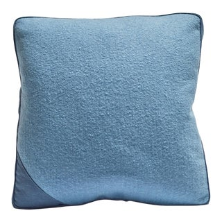 Featured in The 2020 San Francisco Decorator Showcase — Bespoke Martin Young Design Contemporary Blue Felt Linen & Wool Square Throw Pillow For Sale