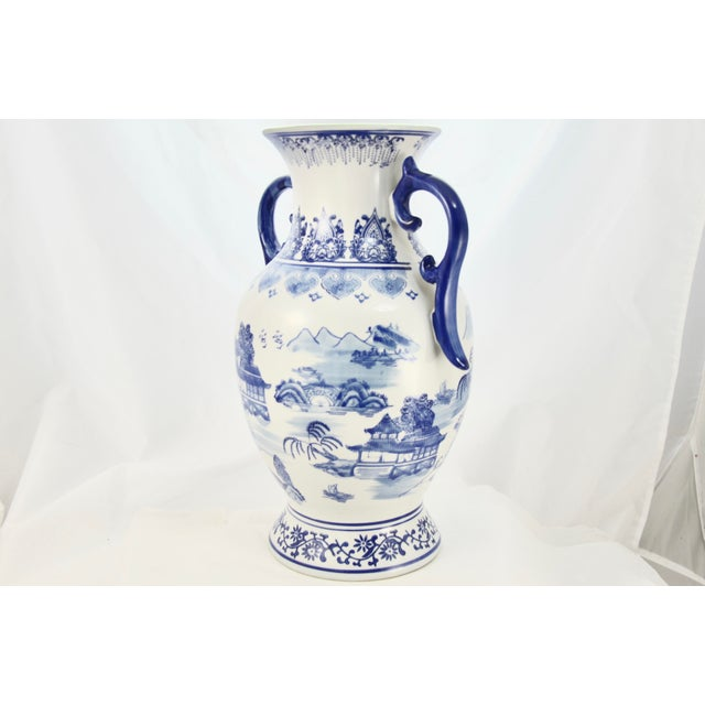 Chinoiserie Blue & White Urn For Sale - Image 4 of 7