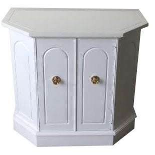 White Hollywood Regency Style Cabinet For Sale
