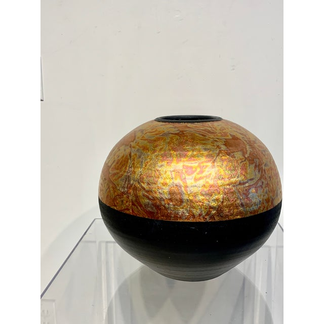 Mid-Century Modern 1980s Southwestern Ceramic Raku Vase by Michael Weinberg For Sale - Image 3 of 11