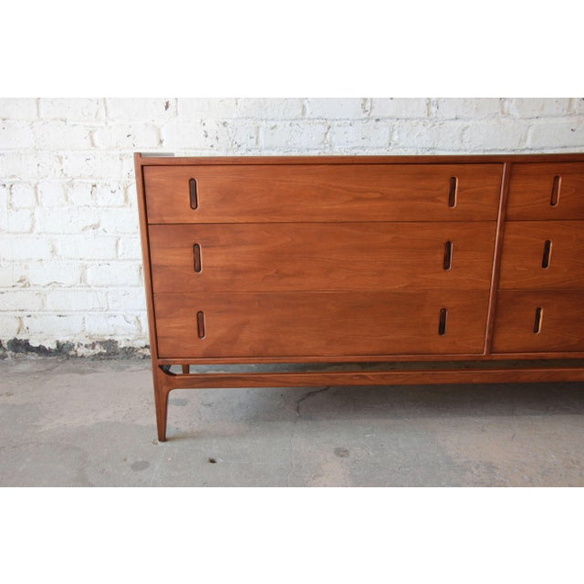 Richard Thompson for Glenn of California Walnut & Rosewood Dresser For Sale In South Bend - Image 6 of 11