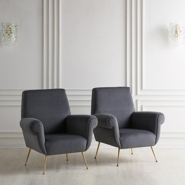 Mid-Century Modern Pair of Gigi Radice Lounge Chairs in Charcoal Gray Mohair For Sale - Image 3 of 5