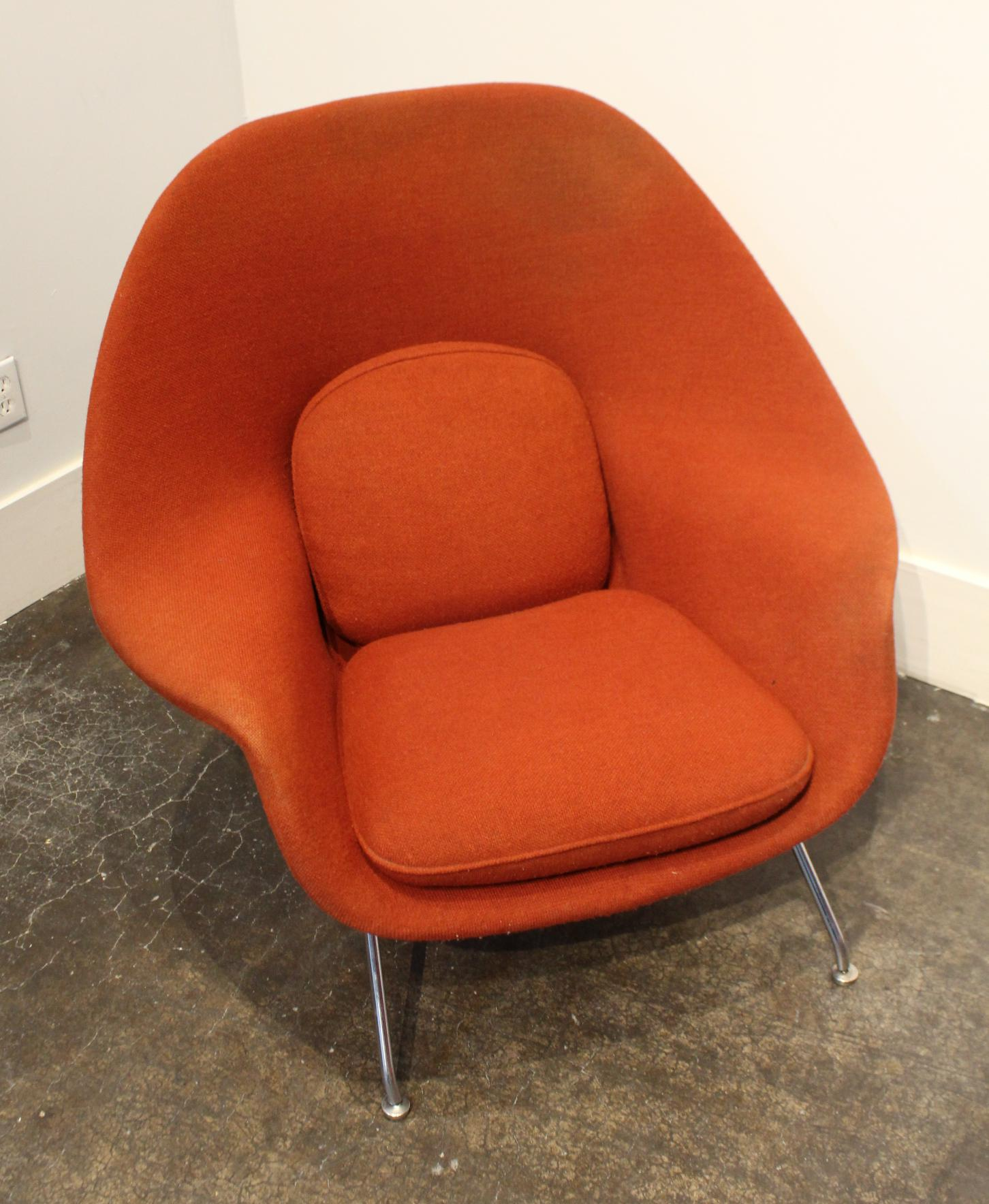 1960s Vintage Knoll Eero Saarinen Womb Chair And Ottoman Set, Circa 1960u0027s  For Sale