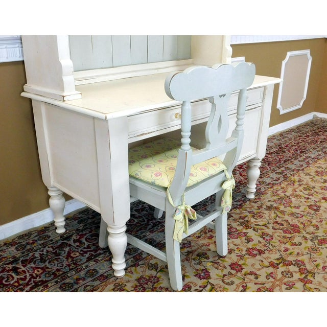 Bradshaw Kirchofer White Hand Crafted Sweat Pea Desk w/ Scalloped Hutch & Chair For Sale - Image 4 of 9
