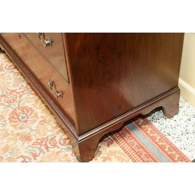 19th Century Chest on Chest in Mahogany For Sale In West Palm - Image 6 of 8