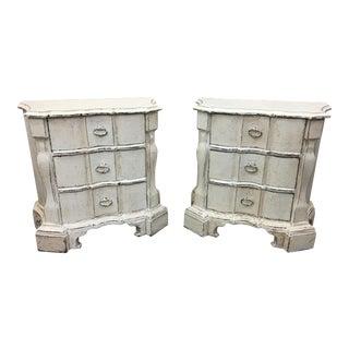 Pair of Vintage Italian Painted Nightstands For Sale