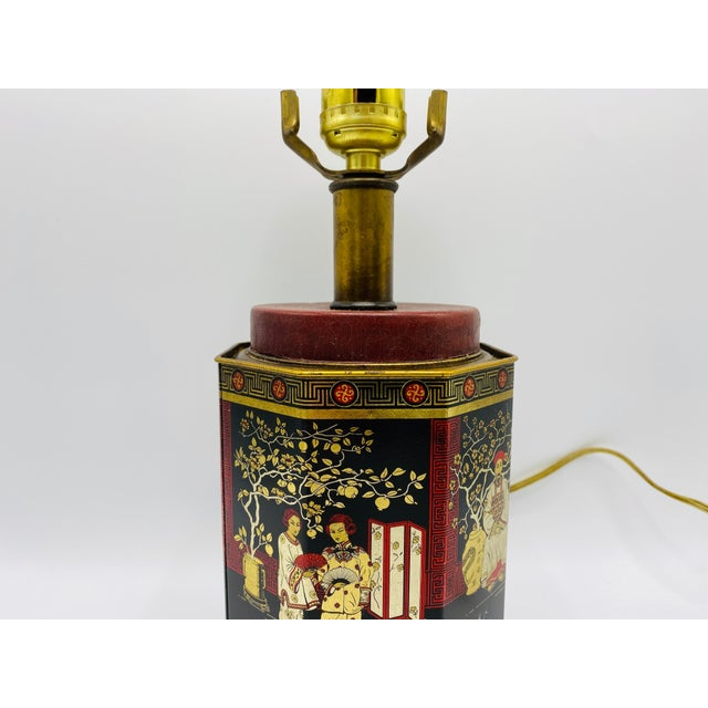 Metal 1950s Chinoiserie Red and Black Tole Tea Canister Lamp With Leather Details For Sale - Image 7 of 13