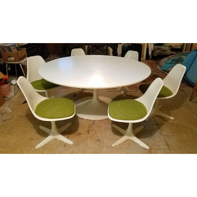 Aluminum Burke Saarinen Tulip Table & 6 Chairs For Sale - Image 7 of 11