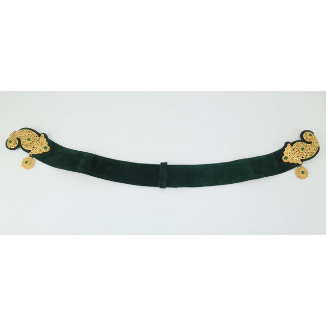 1970's Judith Leiber Gold Filigree Mughal Style Emerald Green Belt For Sale In Atlanta - Image 6 of 11