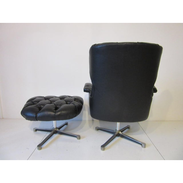 Tufted Swiveling Lounge Chair and Ottoman For Sale - Image 4 of 10