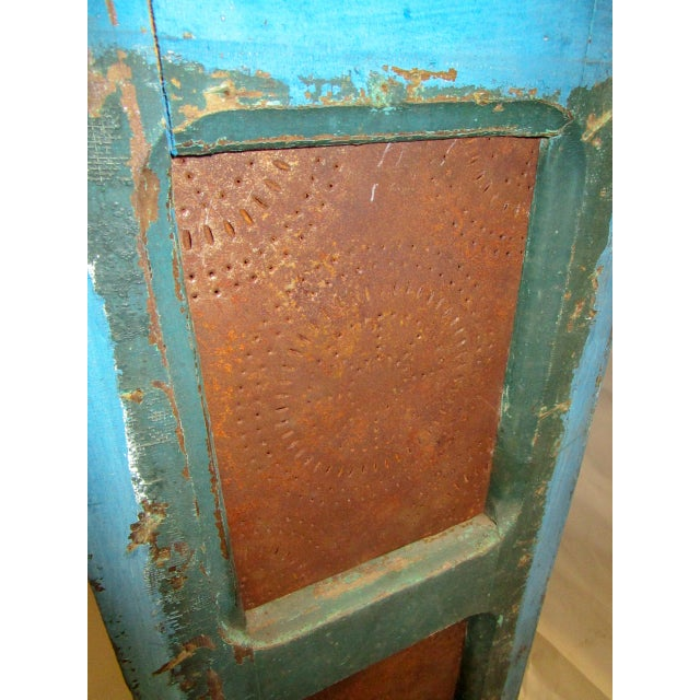 Blue 19th Century American Primitive Southern Pie Safe With Distressed Blue Paint For Sale - Image 8 of 13