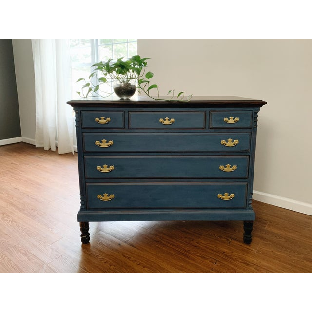 1960s Traditional Navy Dresser For Sale - Image 4 of 13