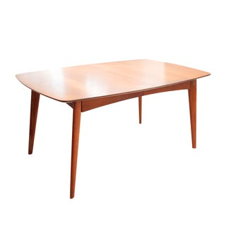 Wooden Mid Century Modern Expandable Dining Table