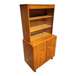 Mid-Century Modern Temple Stuart Solid Maple Buffet and Hutch With Glass Doors For Sale