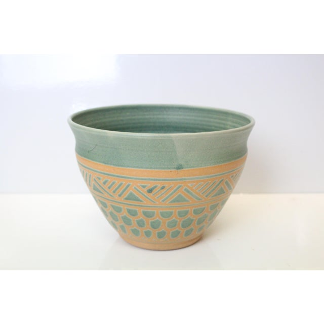 Vintage Mid Century Endleman Pottery Planter For Sale In New York - Image 6 of 6