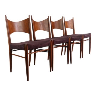 Minimal Danish Modern Contoured Walnut Dining Chairs (A Set of 4) For Sale