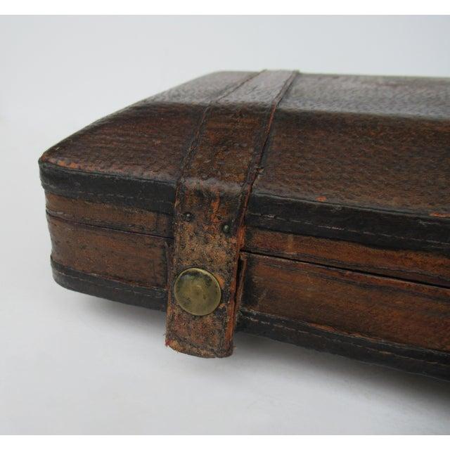 Vintage Italian Tooled Leather Gentlemen's Traveling Hand-Held, Lidded Valet Box For Sale - Image 10 of 13