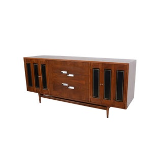 1960s Mid-Century Modern American of Martinsville Walnut Long Dresser For Sale