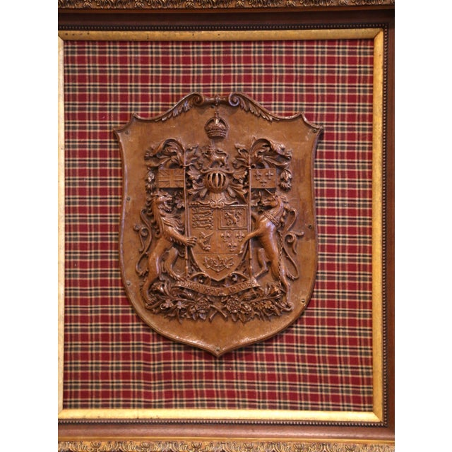 French 19th Century French Carved Walnut Royal Coat of Arms of Canada in Gilt Frame For Sale - Image 3 of 8
