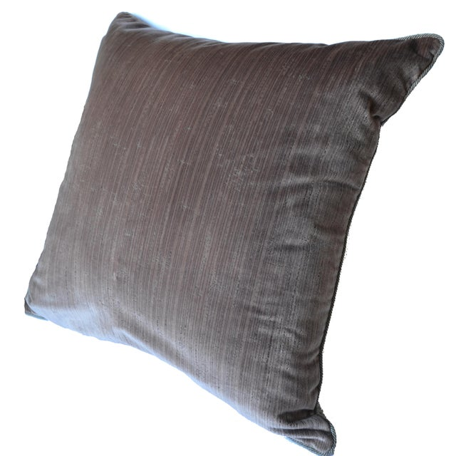 Scalamandre Scalamandré 100% Silk Velvet Mauve Strie Pillow For Sale - Image 4 of 10