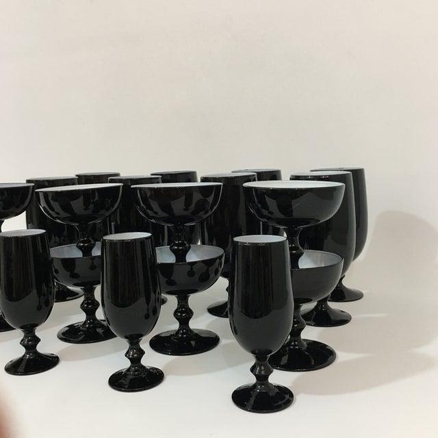 1970s Vintage Carlo Moretti Black and White 20 Piece Glassware Set For Sale - Image 5 of 13