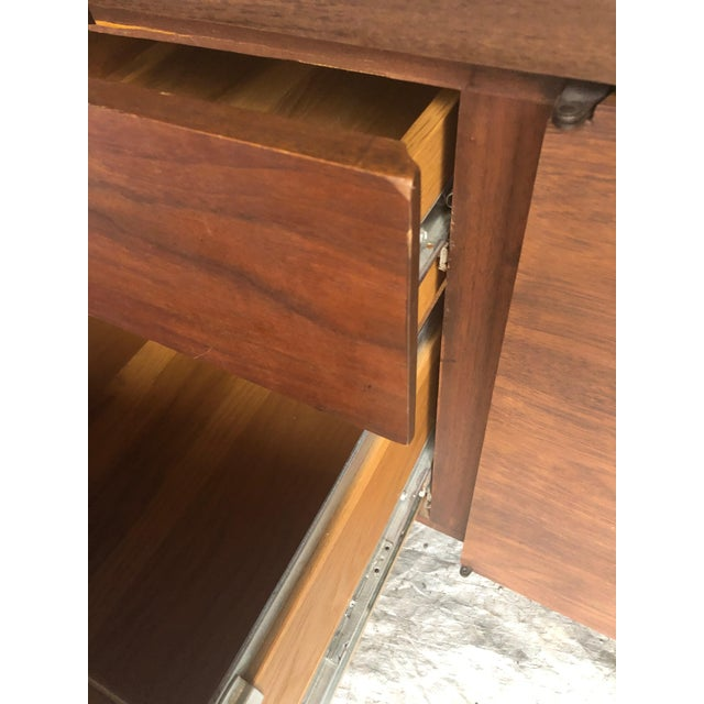 1990s Mid Century Modern Rectangular Console Cabinet For Sale - Image 5 of 10