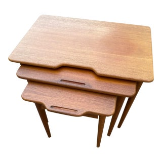 1960's Mid-Century Modern Danish Teak Nesting Tables - Set of 3 For Sale