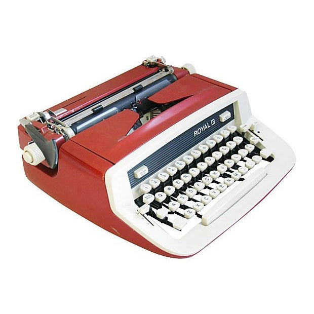 Vintage 1970s Royal Custom II Typewriter & Case - Image 5 of 7