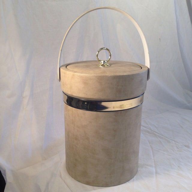 Mid-Century Camel Vinyl Ice Bucket - Image 4 of 6