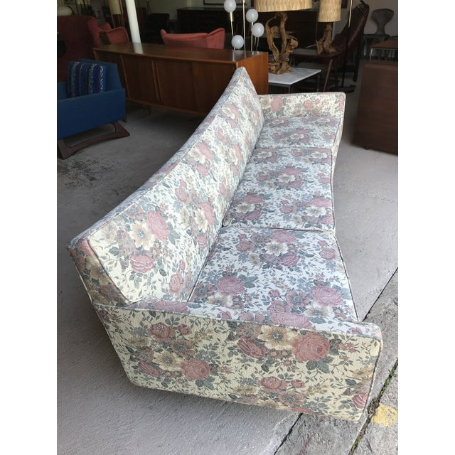 "97"" Mint Condition Curved Front Sofa Mid Century McCobb Style For Sale - Image 9 of 12"