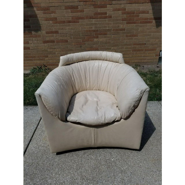 John Saladino for Baker Leather Swivel Lounge Chair For Sale In Cleveland - Image 6 of 11