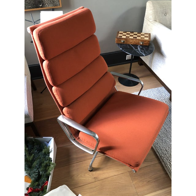 2000 - 2009 Eames Aluminum Authentic Herman Miller Lounge Chair For Sale - Image 5 of 7