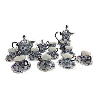 Bombay Company Coffee Tea Service 20 Pieces Blue & White For Sale