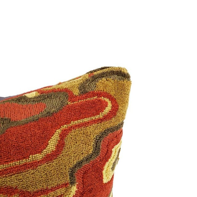 """Contemporary Brunschwig & Fils Alto Velvet in Red and Camel Pillow Cover - 20"""" X 20"""" Red and Cream Linen Velvet Abstract Swirl Design Cushion Case For Sale - Image 3 of 7"""