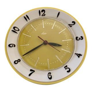 Vintage Lux Robertshaw Wall Clock For Sale